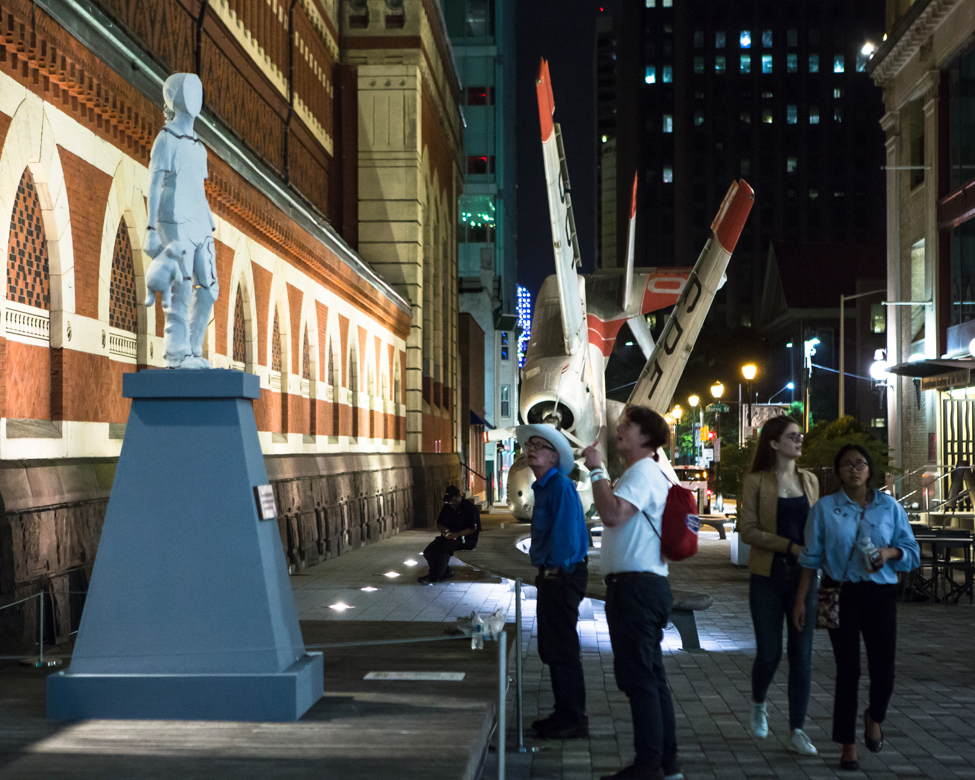 Monument to New Immigrants  Tania Bruguera Born in 1968 • Cuban • Based in Havana/New York City/Cambridge, MA Clay and Framing Materials Special Project – PAFA   Photo: Steve Weinik/Mural Arts Philadelphia