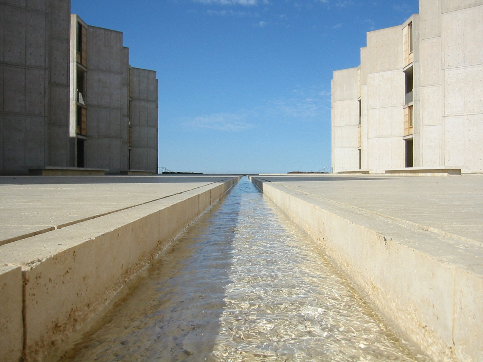 Courtyard rill fountain — Salk Institute, La Jolla, California, 2004. (Photo by  Jim Harper )