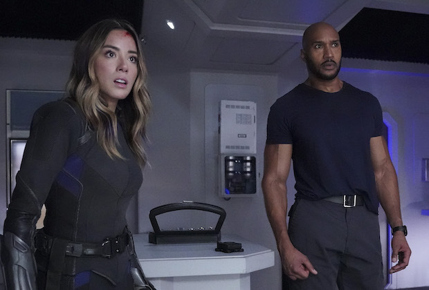 agents-of-shield-season-6-finale-sarge-izel-die.jpg