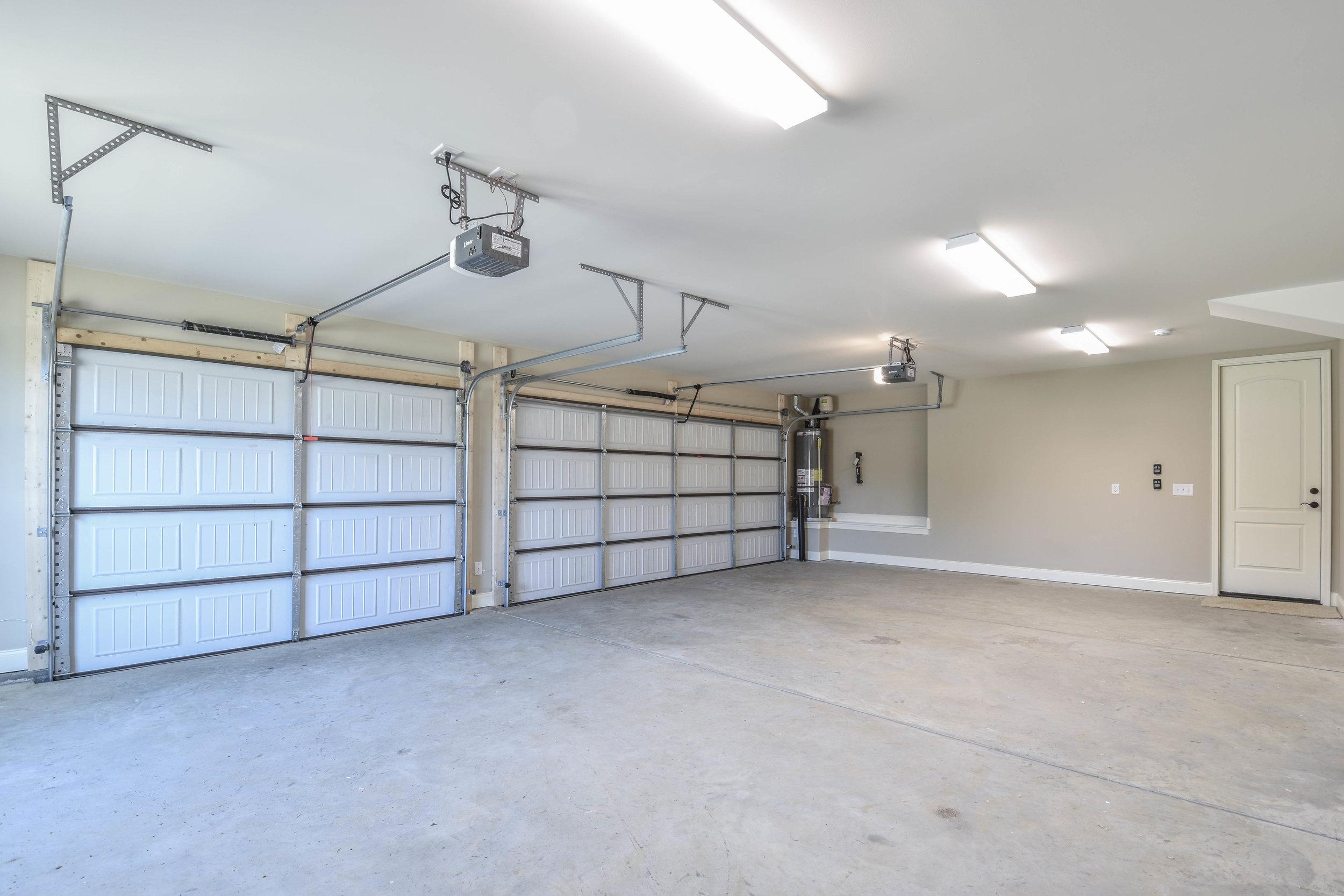 35.Garage 2.jpg