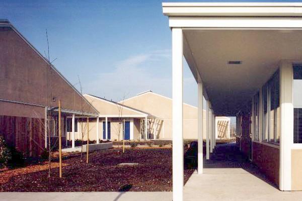 Meadow_exterior_facade_05a.jpg