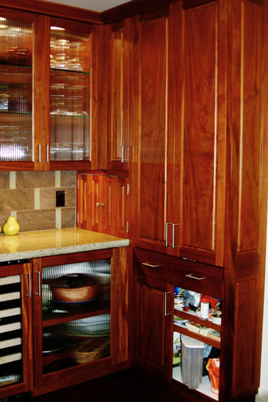 kitchens-10-jim-nordberg-the-cabinet-tree.jpg