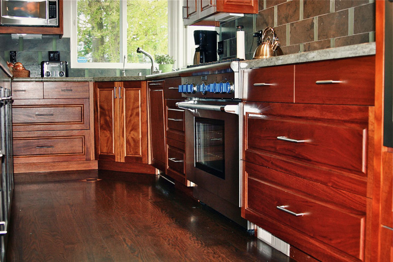 kitchens-12-jim-nordberg-the-cabinet-tree.jpg