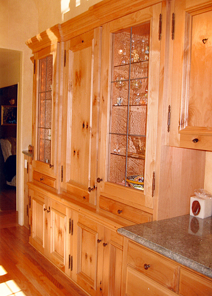 kitchens-26-jim-nordberg-the-cabinet-tree.jpg
