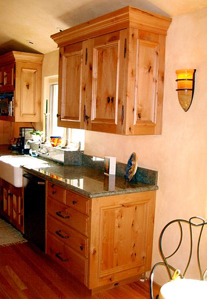 kitchens-31-jim-nordberg-the-cabinet-tree.jpg