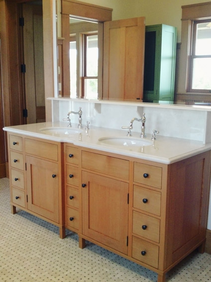 bathrooms-closets-1-jim-nordberg-the-cabinet-tree.jpg
