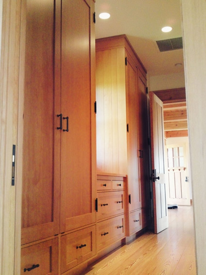 bathrooms-closets-3-jim-nordberg-the-cabinet-tree.jpg