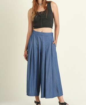 Great wide leg pant to pair with stripe off shoulder top.