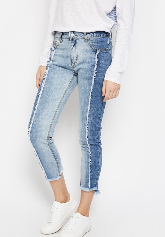 Two toned frayed jeans