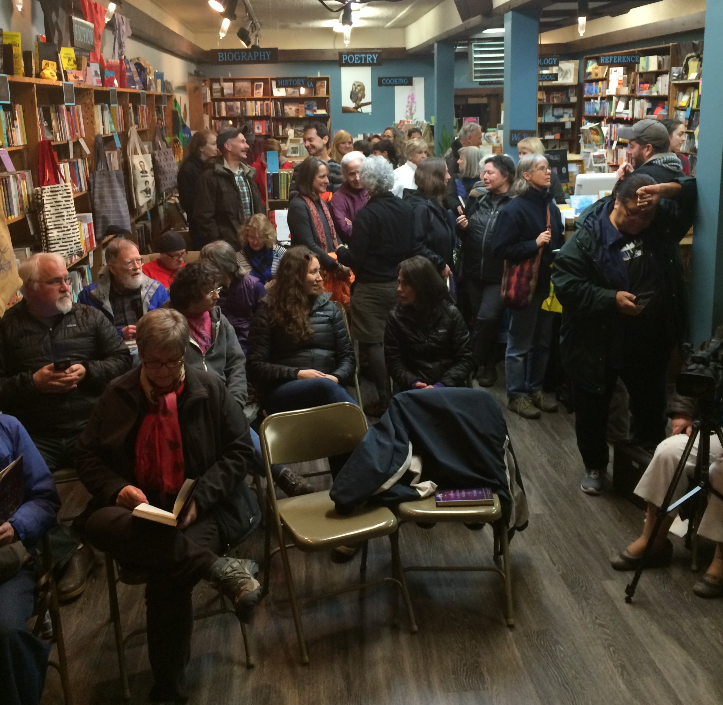 So many familiar faces at Old Harbor Books (Photo: Loren Waxman)