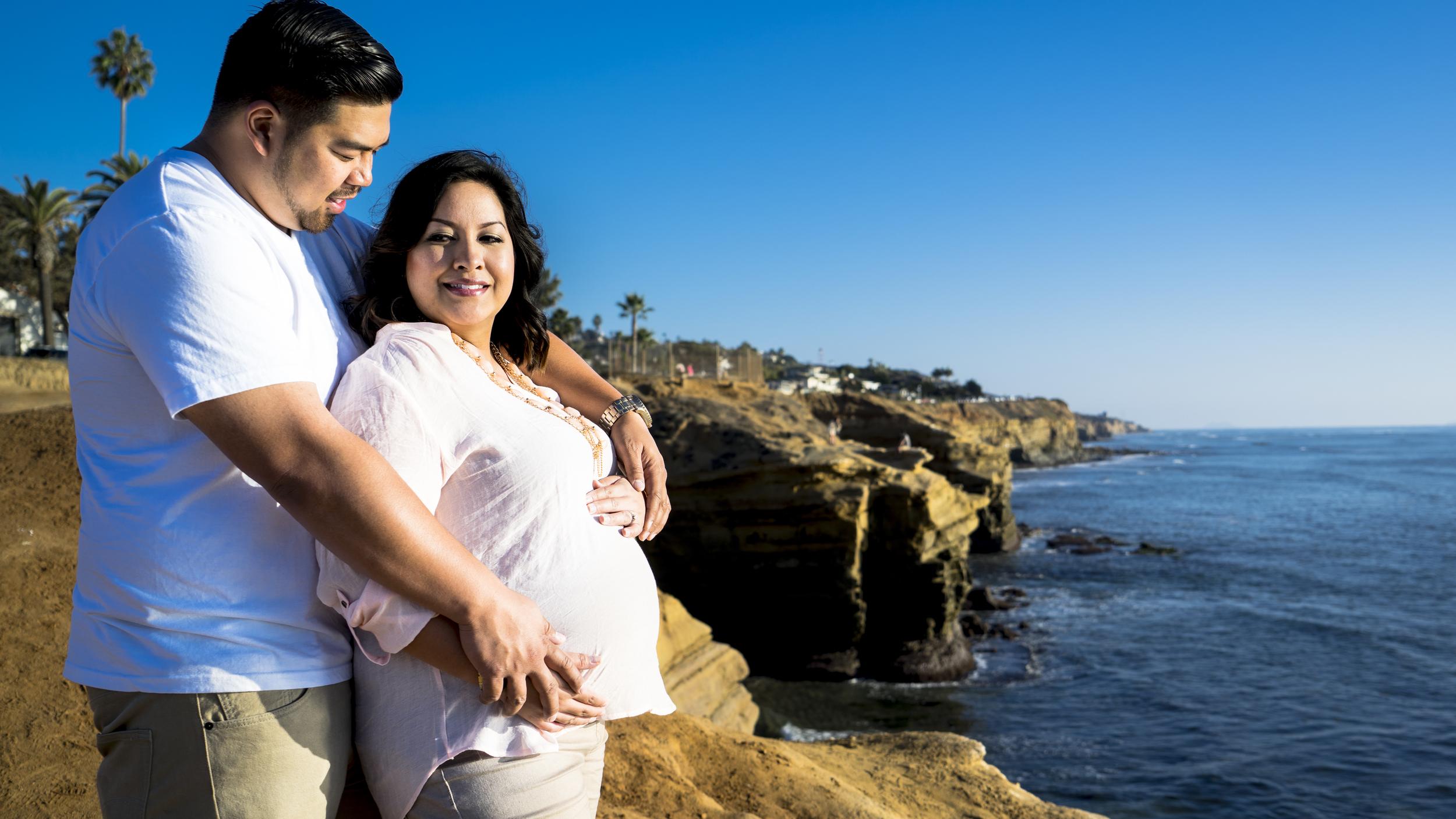 Kim + Mark Enagagment and Maternity Photos_4.jpg