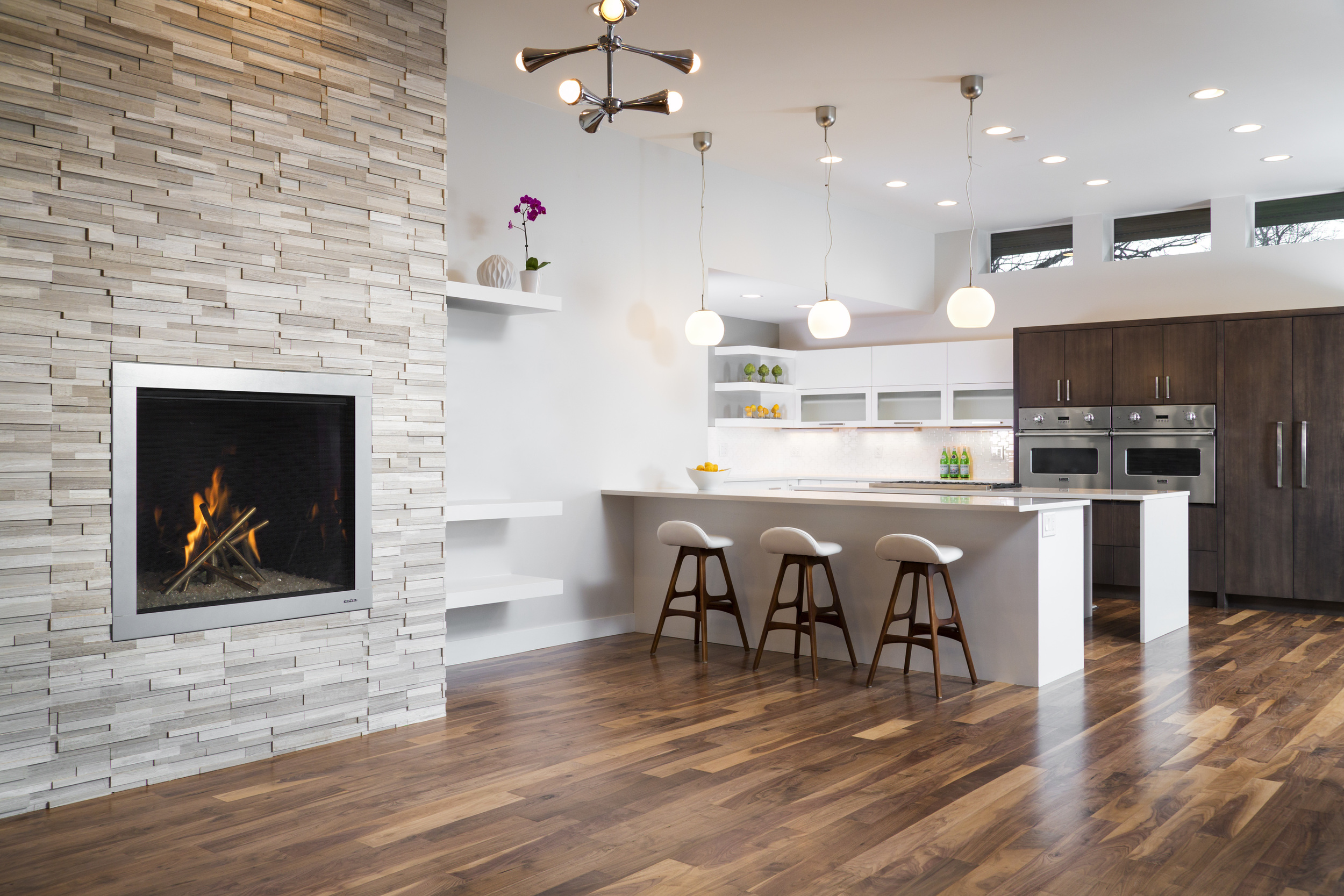 S Ivy Interior Kitchen.jpg