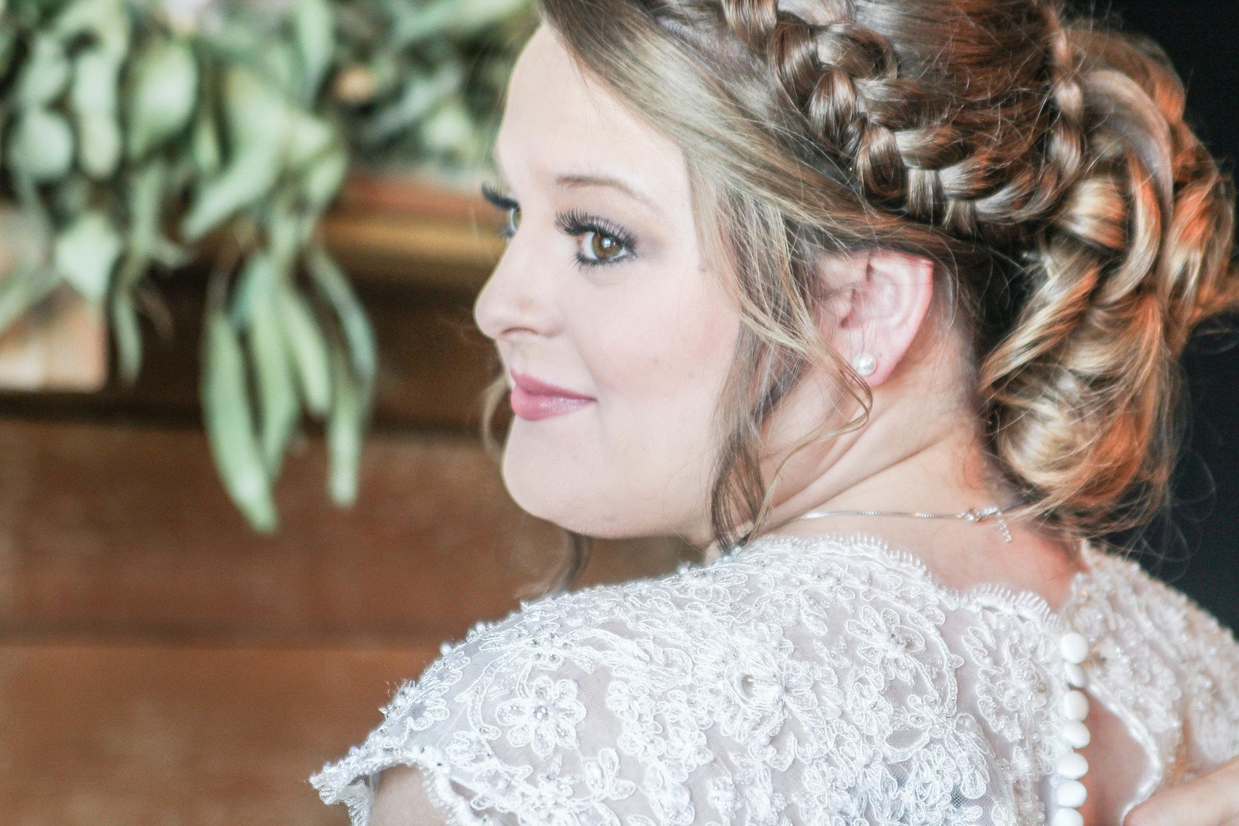 HCP_Arkansas_Royal_Ridge_Navy_Wedding_Prep222.jpg