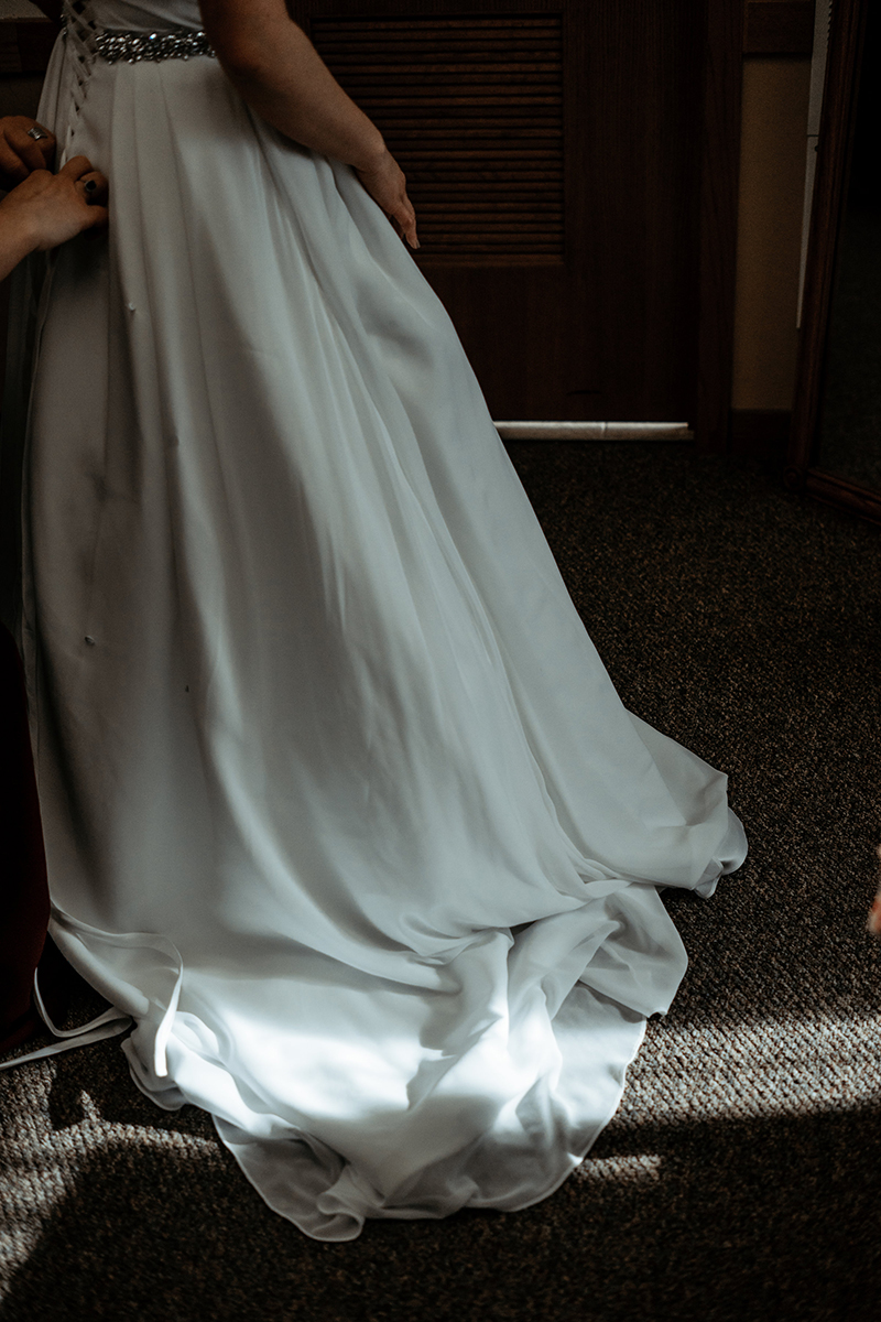 winter-wisconsin-wedding-westby-alyssa-smolen-photography (7).jpg