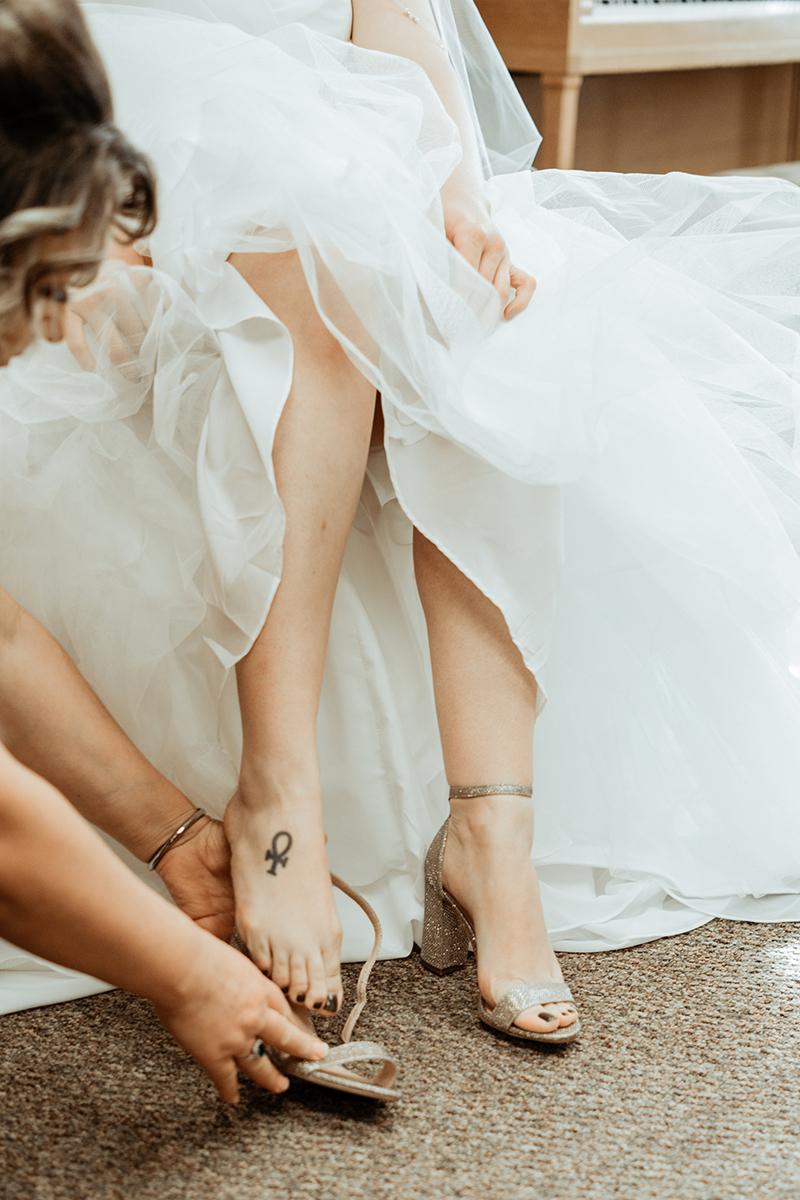 winter-wisconsin-wedding-westby-alyssa-smolen-photography (9).jpg