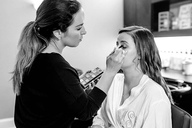 Passionate about my craft. Love my clients. Feeling so blessed to work with such amazing people. Photo: @abbieblairphoto . . . . #makeupbynorelleb #cltmua #onlocation #beautyeducator #ncmua #scmua #charlottemakeupartist #bride #blackandwhite