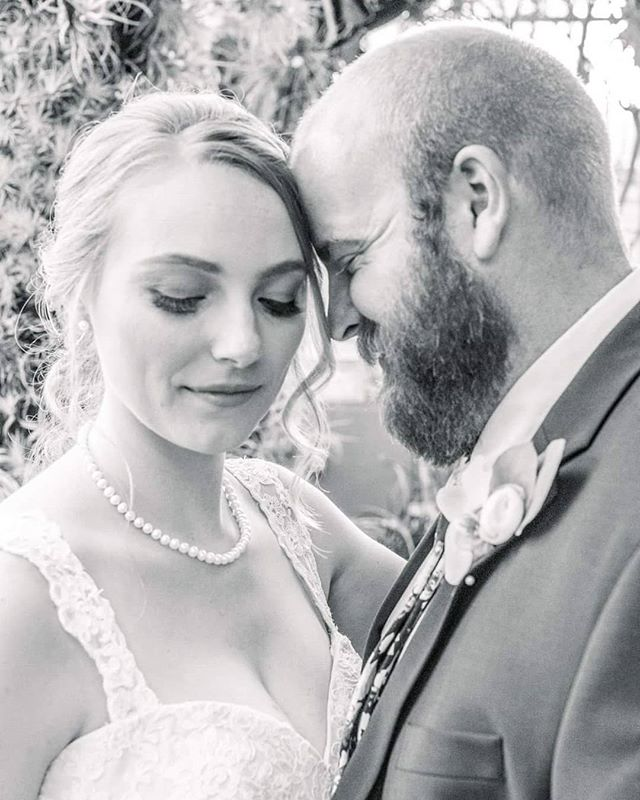 Lots of love and lashes... . . . . . #makeup #temptupro #onlocation #charlotteweddingvendors #charlottemakeupartist #ncmua #scmua #bridal #bridalmakeup #airbrushmakeup #blackandwhite #weddingmakeup