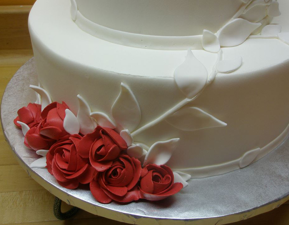celebration-white-red-roses-detail.jpg