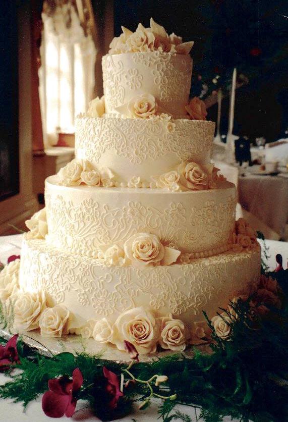 wedding-white-roses2.jpg