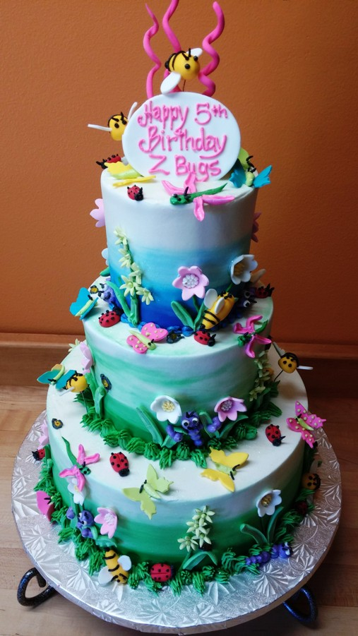ZANDER BUG CAKE 0426141303.jpg