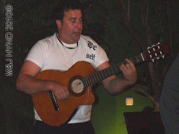 spain valverde inda Garden event venue winebar, cafe, restaurant, guest guitarist