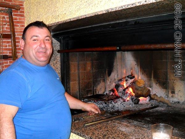 spain Jumilla, Murcia, meson Jumillano speciality Barbeque meat 'carne a la brasa' open charcoal fire pizza-oven