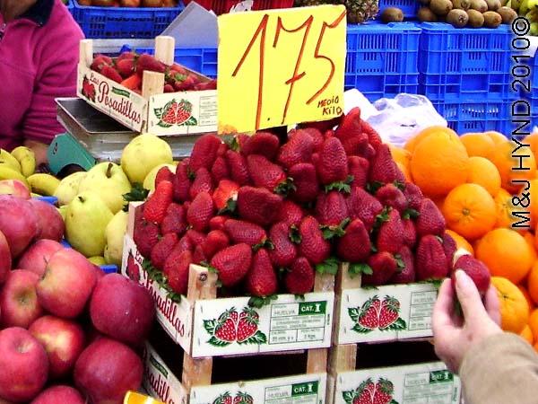 santa pola market strawberries: spain santa Pola Saturday market, huge strawberries, apples, oranges, pears