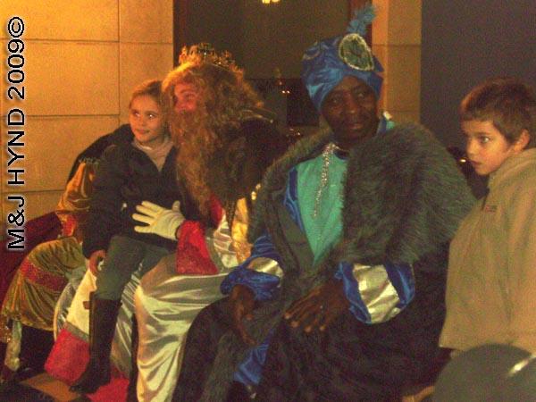 3 kings #2: Spain Alicante, Los Reyes Magos Three Kings' Fiesta Spanish Epiphany Christmas season, three Kings on dais, Spanish Christmas tradition