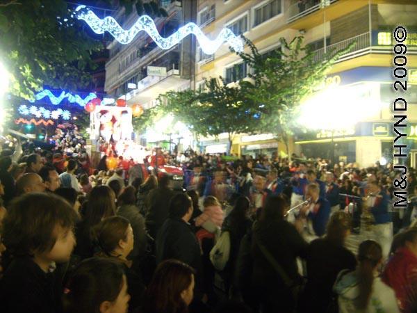 crowds / parade #5: Spain Alicante Los Reyes Magos Three Kings' Fiesta Spanish Epiphany Christmas season, marching band, holiday parade, spectators