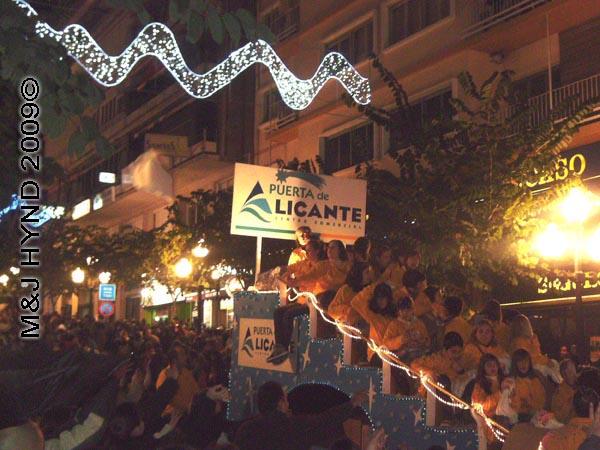 puerto de alicante / parade #7: Spain Alicante Los Reyes Magos Three Kings' Fiesta Spanish Epiphany Christmas season, holiday parade, spectators, float Puerto de Alicante