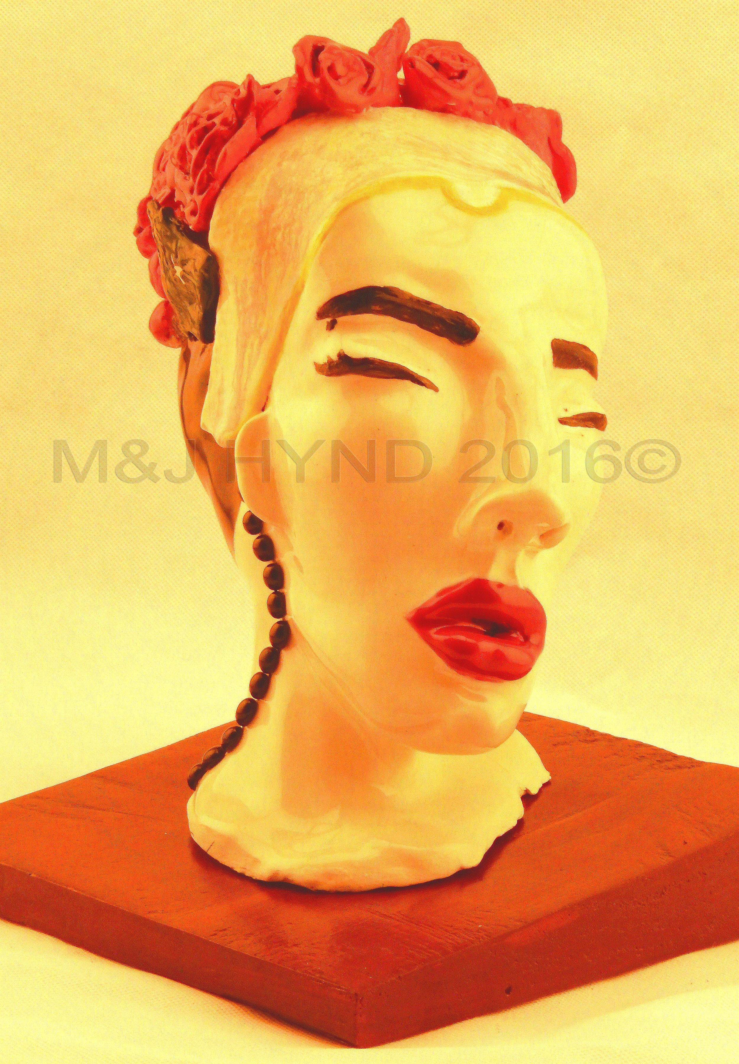 Jacqui Hynd: Ceramic bust