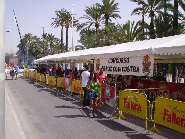 Elche Fiesta: Arroz Con Costra Competition
