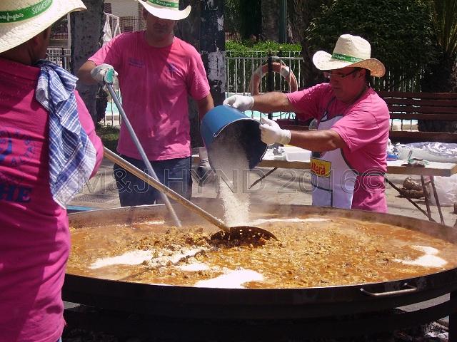 Elche Fiesta: Arroz Con Costra (Large) #3