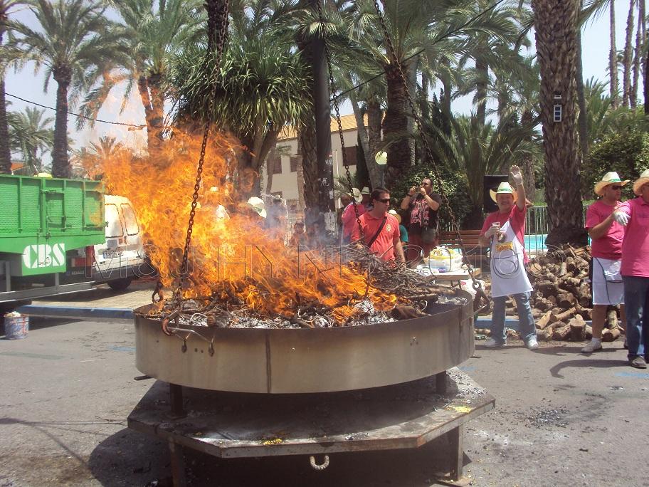 Elche Fiesta: Arroz Con Costra (Large) #8