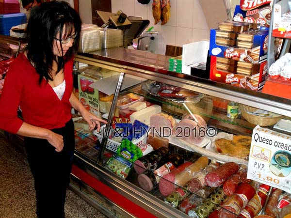 : delicatessen