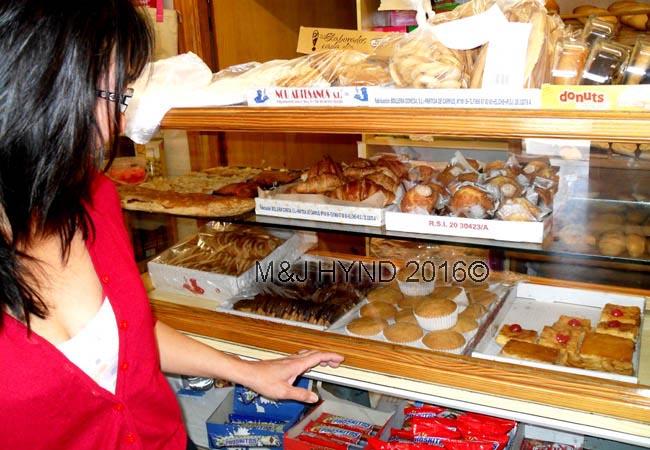 : fresh bakery