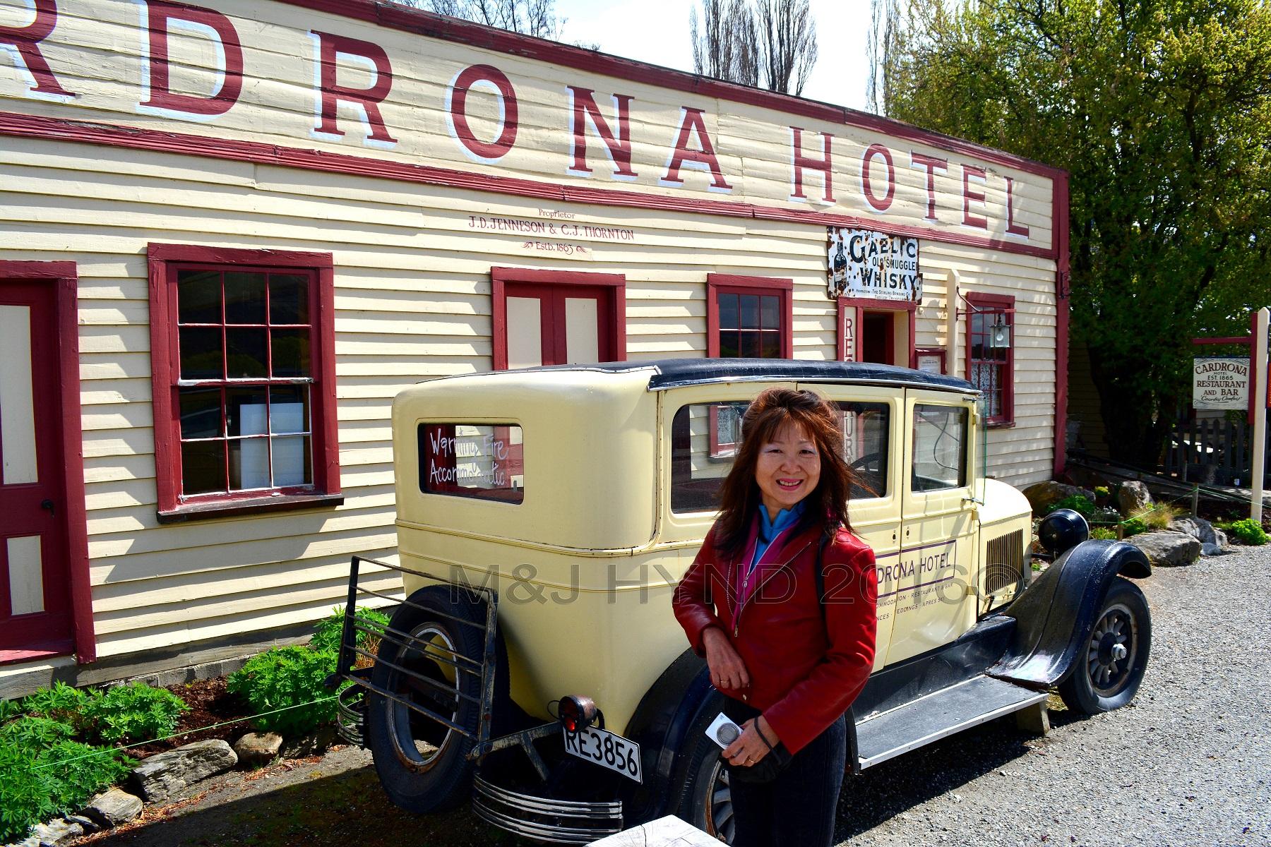 Cardrona Hotel, 1926 Chrysler 62 vintage car, Cardrona, NZ