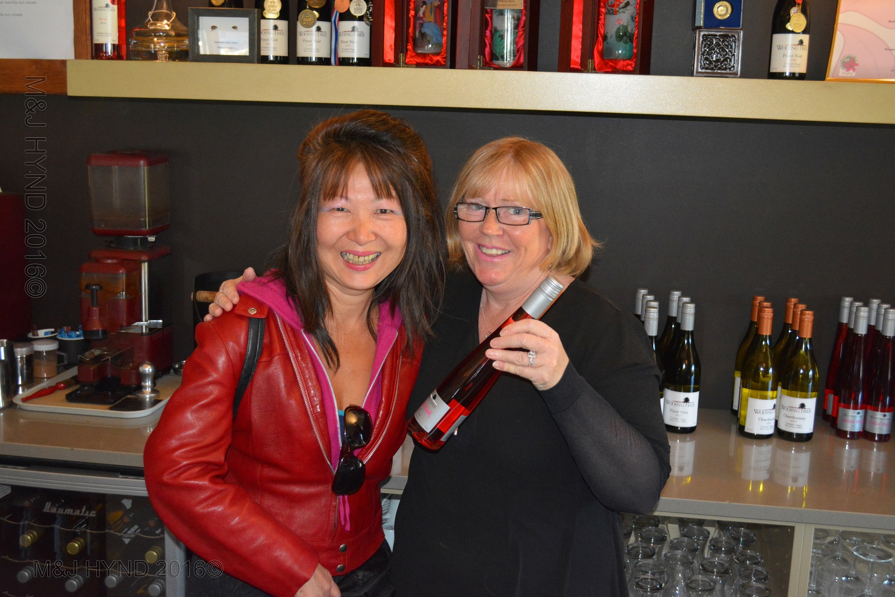 Tasting fine wines, Wooing Tree Winery, NZ