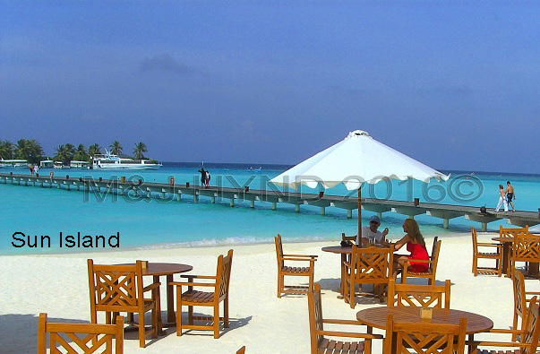 café on the beach, bridge linking jetty, Sun Island, Maldives