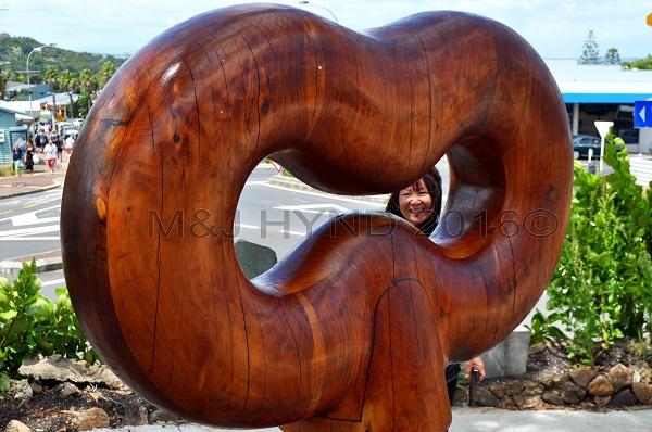 Hardwood '8' sculpture, Oneroa, Waiheke Island, NZ