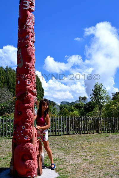 Maori totem pole, Wairekei Terraces, Geothermal Valley, Taupo, NZ