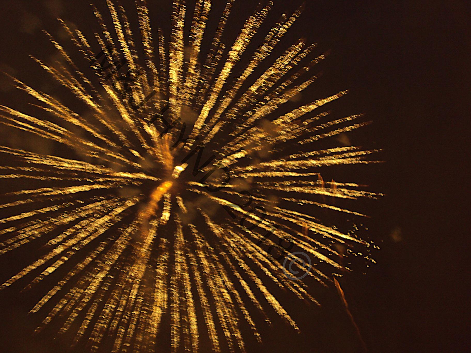'Nit de Alba', spectacular fireworks night