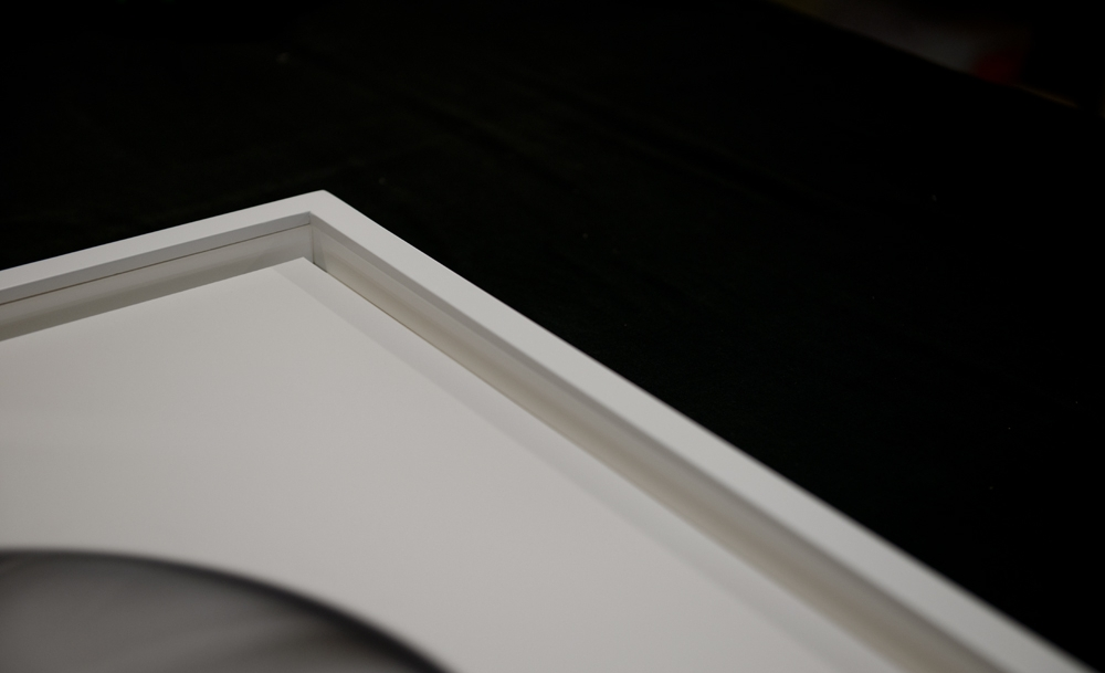 Detail of photographic float mounting