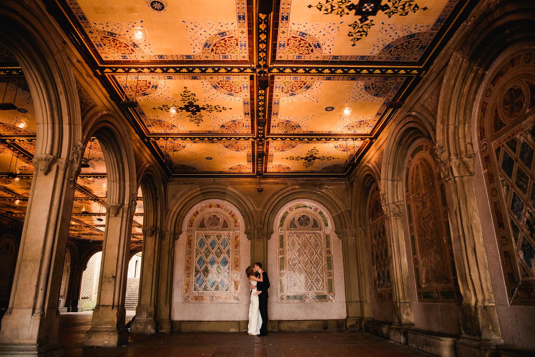 Jory_LoebBoathouse_CentralPark_NewYork_WeddingPhotographer070.jpg