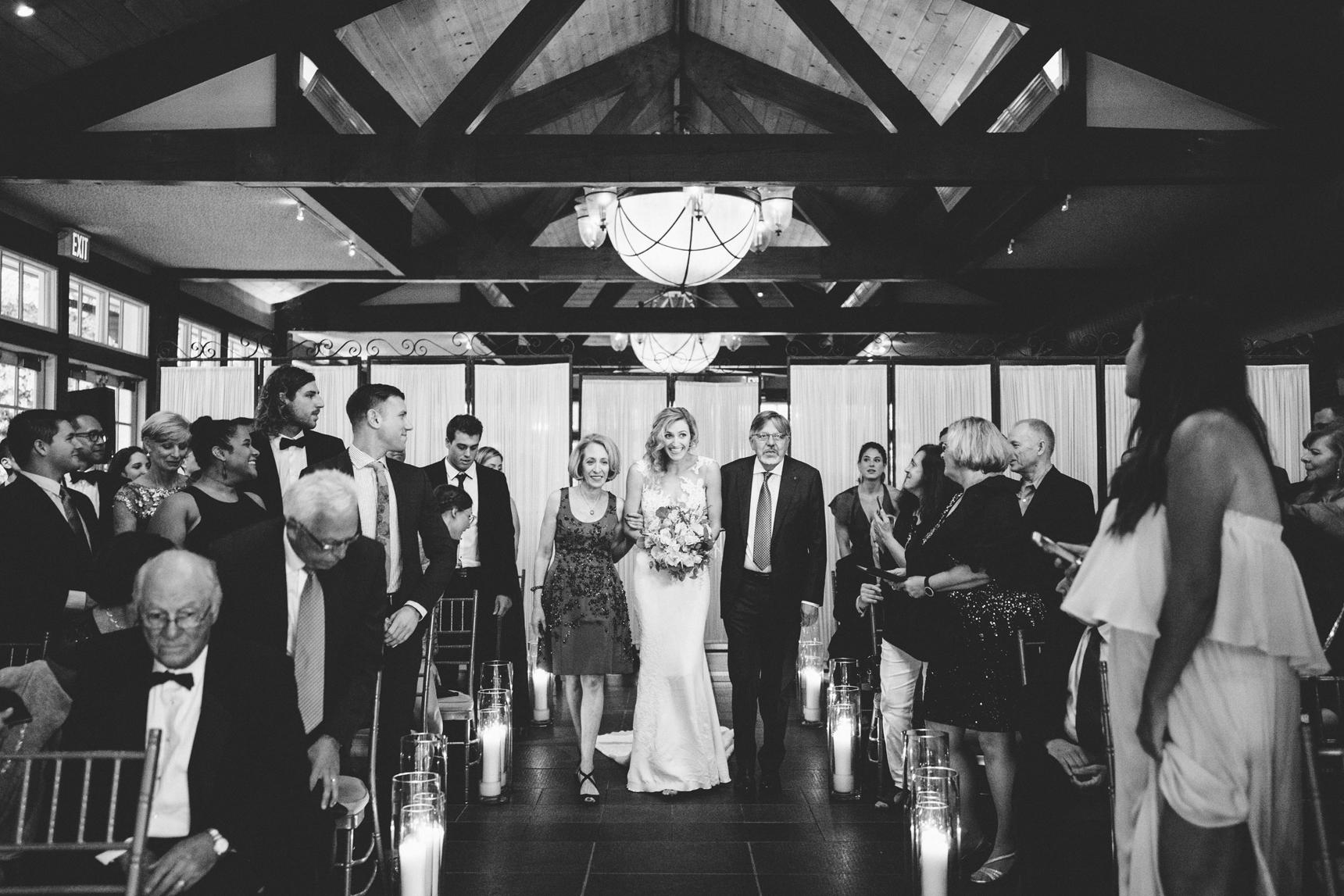 Jory_LoebBoathouse_CentralPark_NewYork_WeddingPhotographer093.jpg