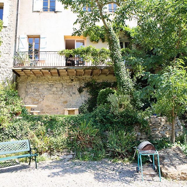 The Balcony gite. A beautiful spacious holiday rental in 'labeled as one of the most beautiful villages of France ´, Lagrasse. A comfortable apartment at the Riverside with balcony, garden and a private beach. A perfect place for a wonderful holiday. For more information contact us or visit our website.  #holidays #holiday #southoffrance #carcasonne #narbonne #corbieres #stay #fun #perfectplace #lagrasse #vacation #vacances #enjoy #wine #goodfood #fresh #walking #nature #randonnées #tripadviser #airbnb #zininfrankrijk #urlaub #holidayrental #locationdevacances #maisondevacances #familyholiday #summer #summerholiday #summerholidays