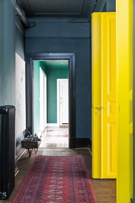 Beautiful color combination.   Source