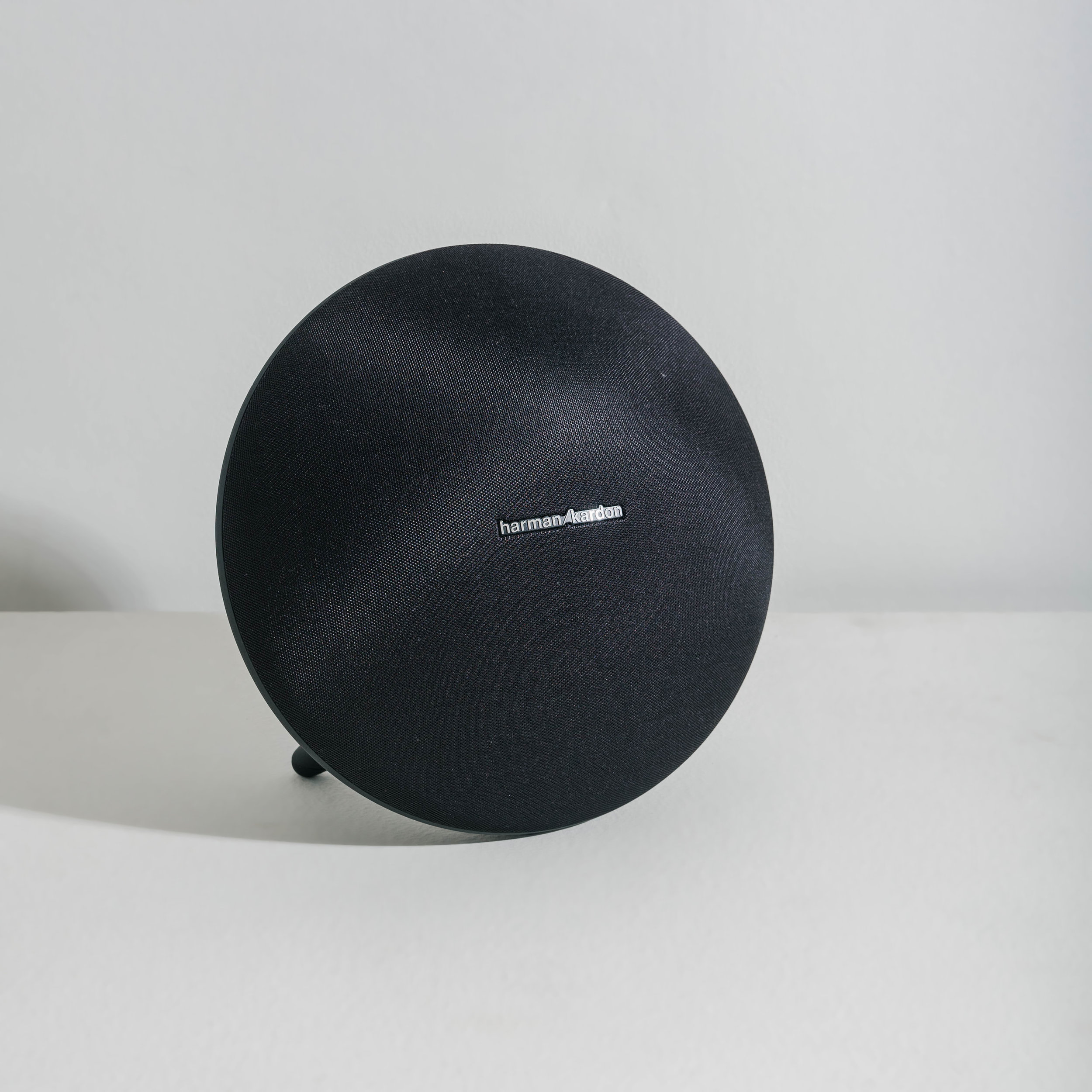 23. HARMAN KARDON Onyx Studio 4
