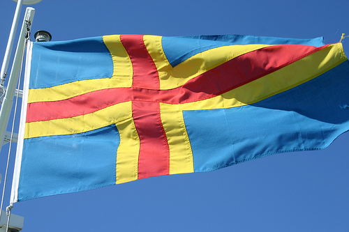 The flag of the semi-autonomous Finnish archipelago Åland. Photo: Pekka Järveläinen, Creative Commons.