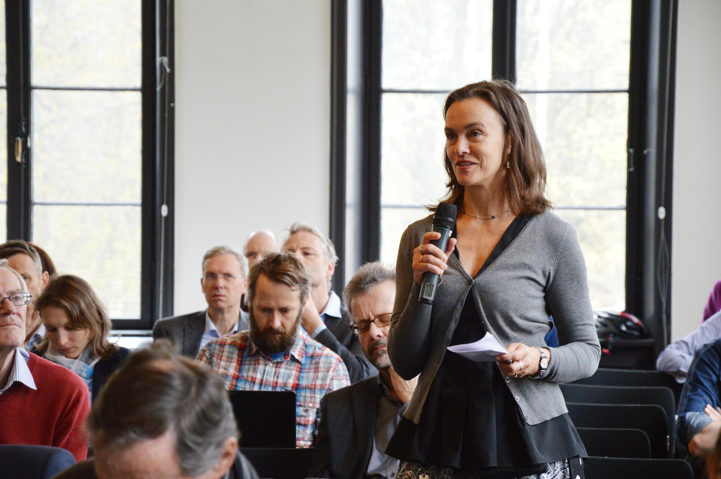 Engasjerte spørsmål fra salen Foto: CICEP/Astrid Arnslett